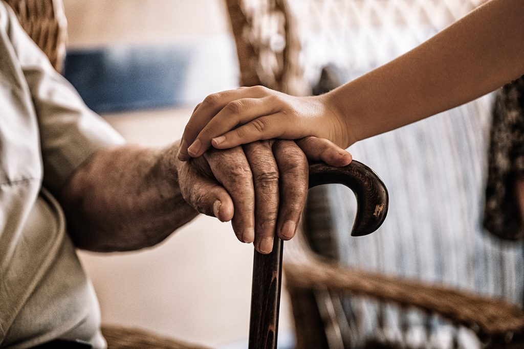 osteoporose, botontkalking, botbreuken, wervelinzakking, spontane botbreuken, valpreventie, stabiliteit, poreus bot, zwakke botten, broze botten, rugpijn osteoporose, rugklachten, fysiotherapeut, fysiotherapie, oefentherapie